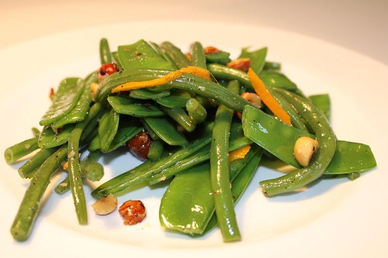 Buschbohnen-Zuckerschoten-Salat