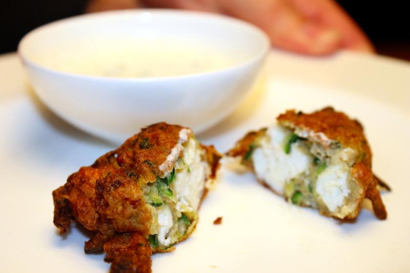 Zucchini-Manouri-Krapfen
