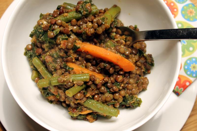 Curry aus grünen Linsen und Grünkohl